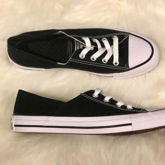 49b410a9351c Converse Black Low-Cut Chucks 👟